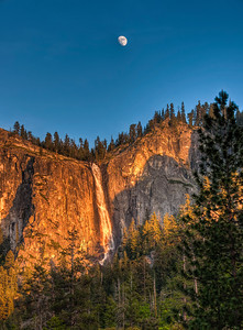 yosemite-bridalveil-falls-moon-6
