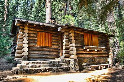 yosemite-merced-cabin