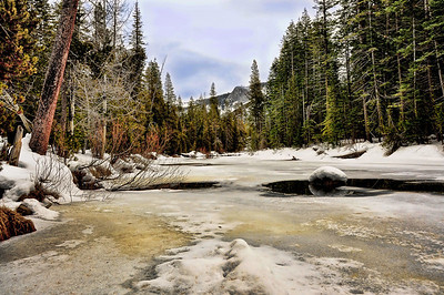 frozen-yosemite-river-2