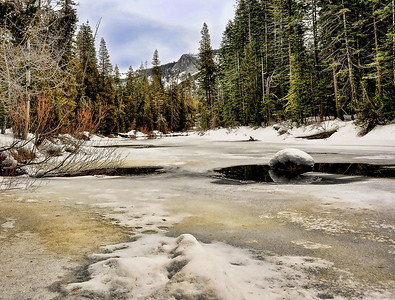 frozen-yosemite-river-3