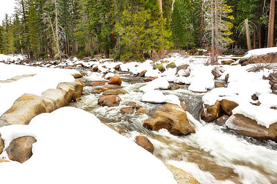 yosemite-river-snow-1