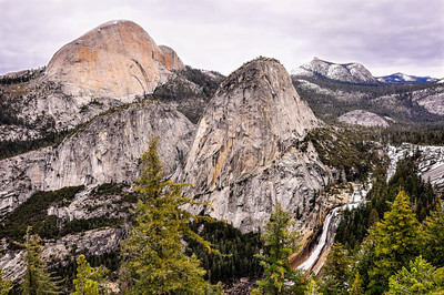 yosemite-liberty-cap-waterfall