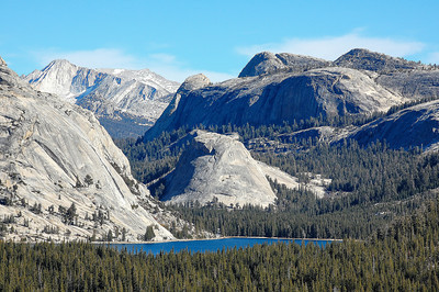 lake-tenaya-mountains-trees