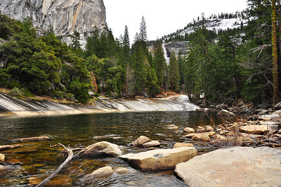 yosemite-emerald-pool-falls