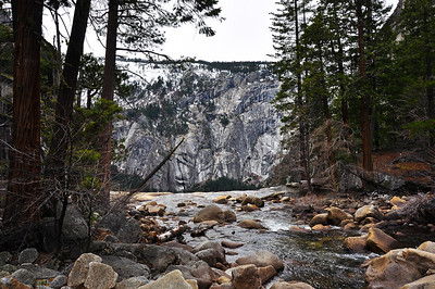yosemite-creek-mountain