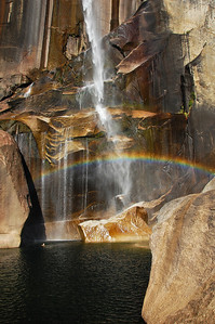 yosemite-vernal-falls-rainbow