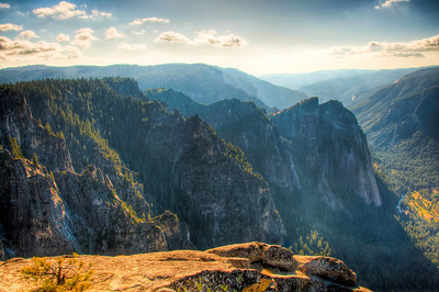 yosemite-valley-view-hdr-4