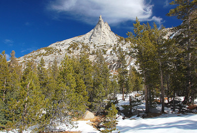 yosemite-cathedral-peak-2
