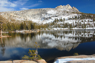 yosemite-cathedral-lake-mountain-3