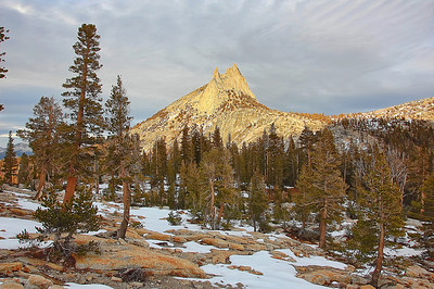 yosemite-cathedral-peak-6