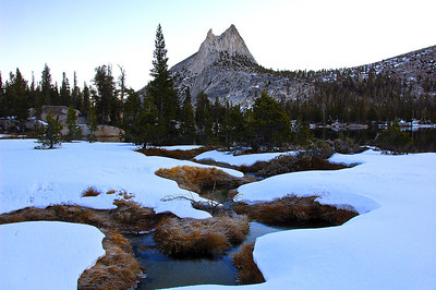 yosemite-cathedral-peak-creek-snow-2