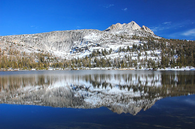 yosemite-cathedral-lake-mountain-5