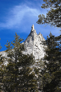 yosemite-cathedral-peak-3