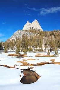 yosemite-creek-cathedral-peak