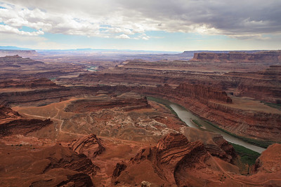 Dead Horse Point State Park. Colorado River & Shafer Trail down below.