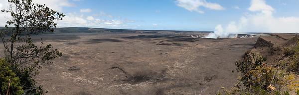 Halema'uma'u crater at Hawaii Volcanoes National Park