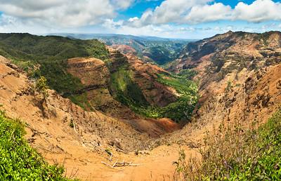 Pu'u Hina Hina Lookout at Waimea Canyon State Park
