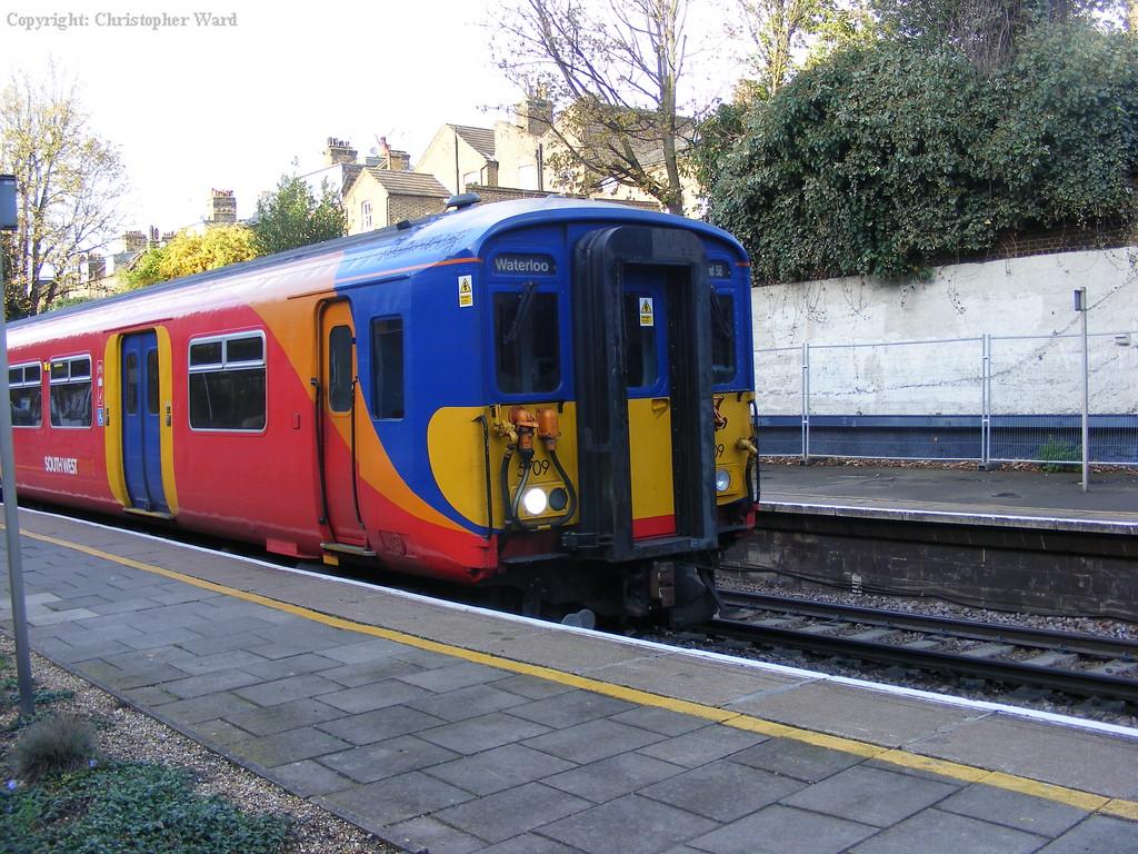 A service from Weybridge to Waterloo
