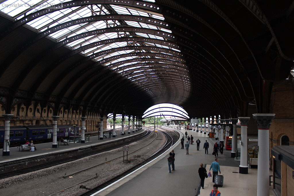 The curved roof from the footbridge looking north