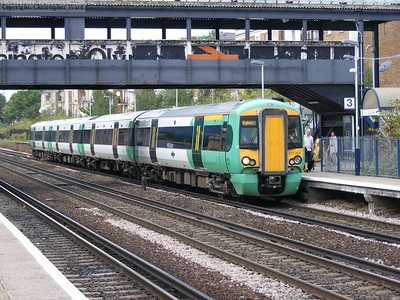 377204 on a Watford to Brighton service