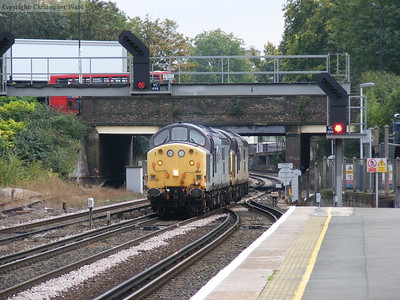 Two ex-Eurotunnel class 37s en route to North Pole depot