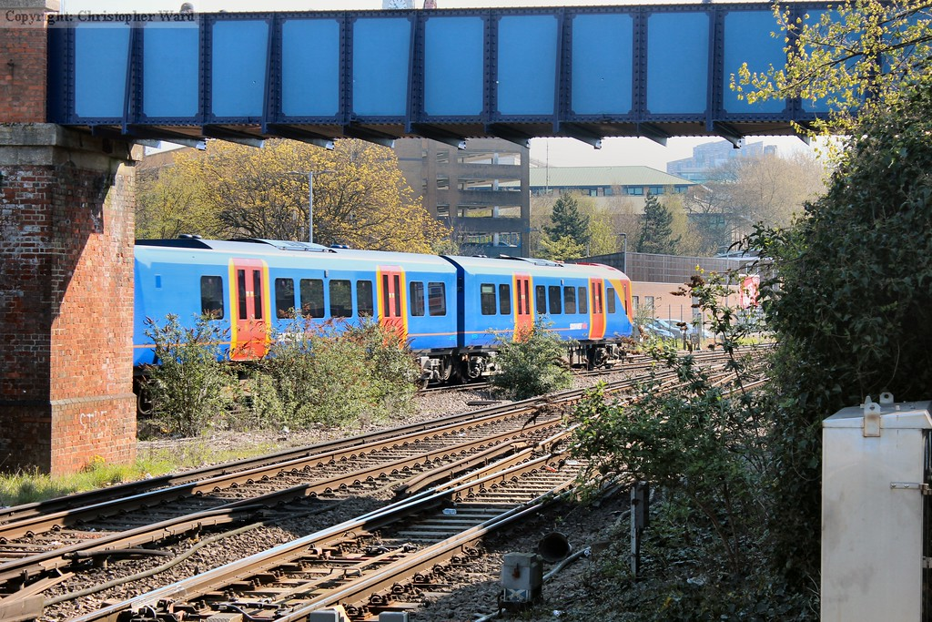 A 450 leaves Southampton with a Portsmouth stopper