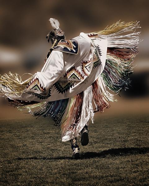 2007 Chumash Powwow, Malibu. Dancer: Lizet Whitehorse, Apache, Fancy Shawl Dancer.