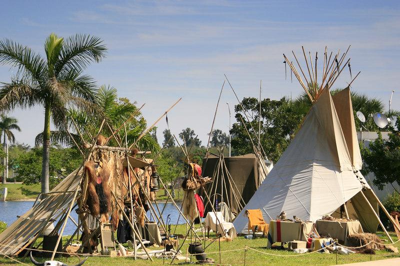 Seminole Indian 36th PowWow Hardrock Resort 10-Feb-2007 - (87)