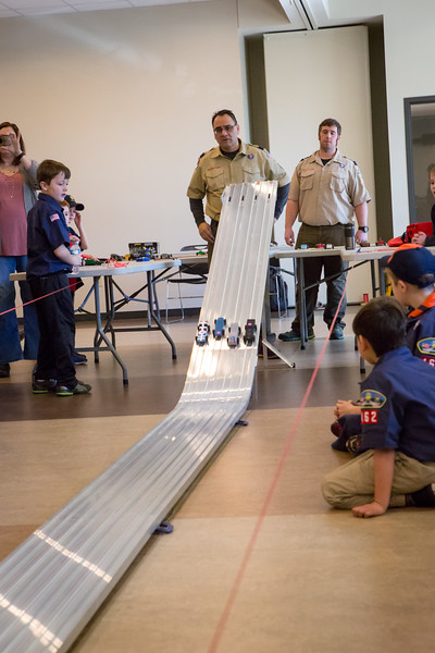 Pack462 3 3 18 Pinewood Derby-11
