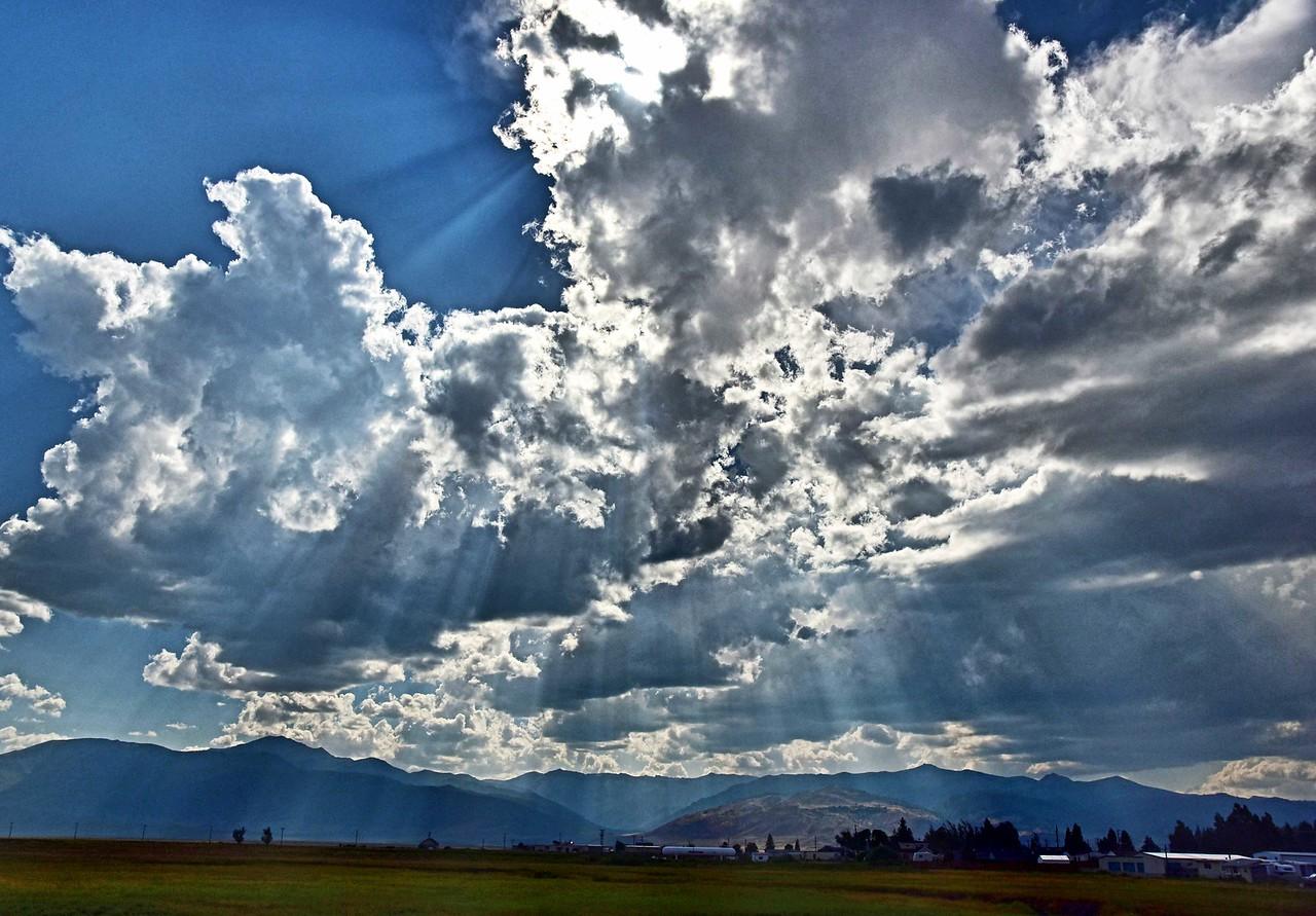 Heavenly Rays - Bridgeport, CA
