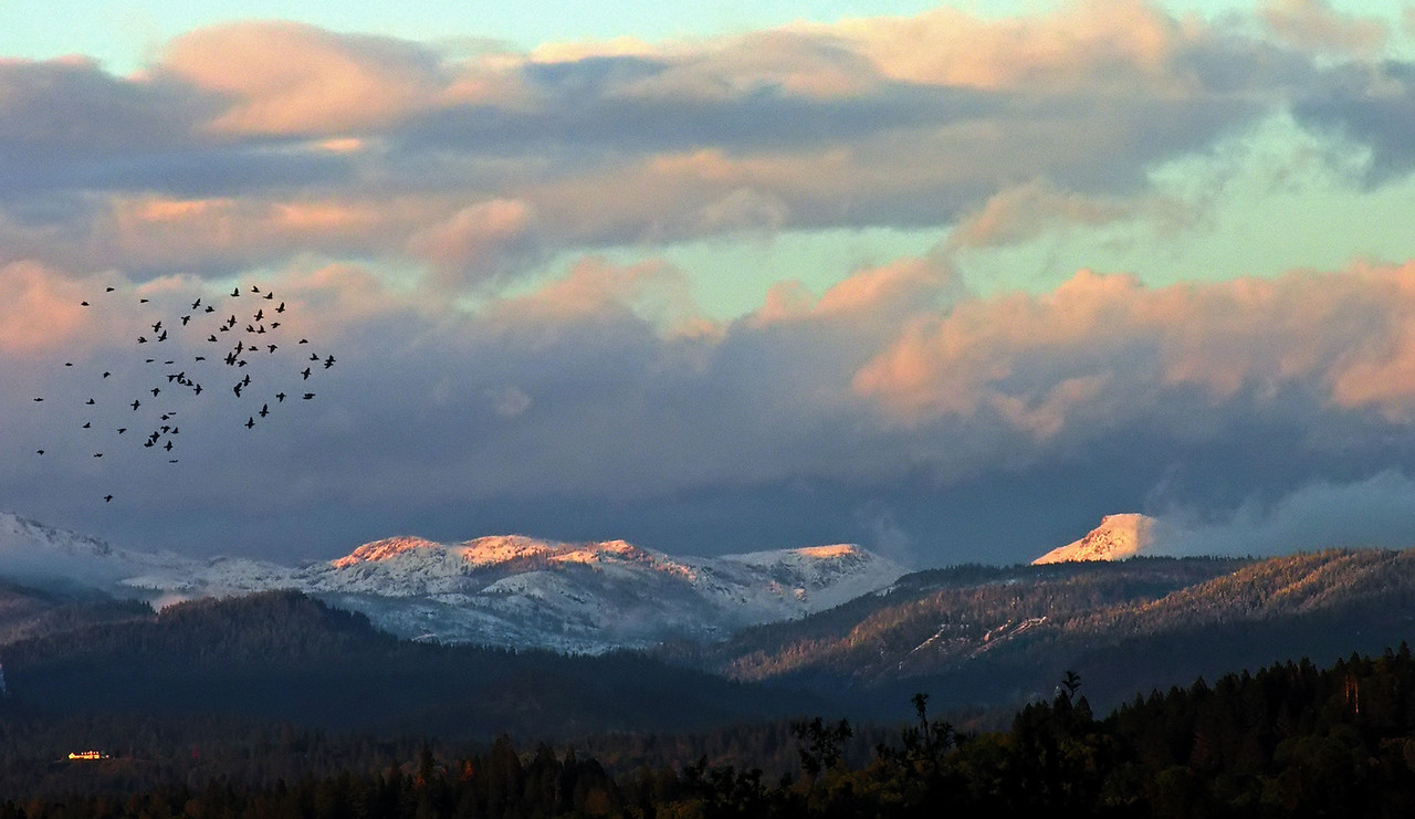 Sunset over the Emigrant Gap