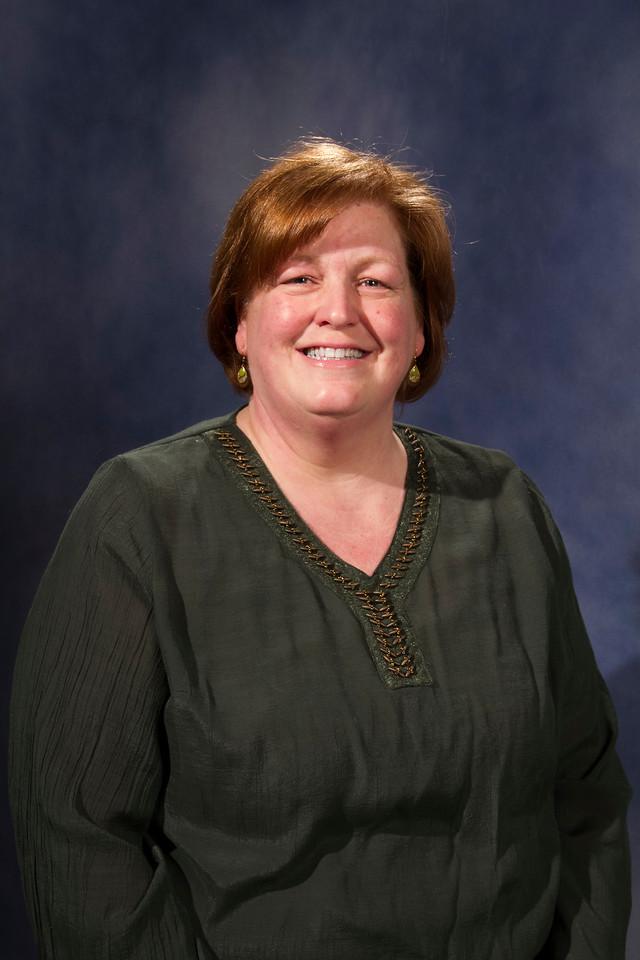 Lisa Lunn, Associate Professor, Large Animal/Cooperative Extension Service, CNSM Veterinary Medicine