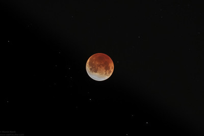 Total lunar eclipse on December 11th, 2011. Seen from central Tokyo.