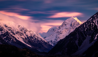 Sunrise over Aoraki Mount Cook