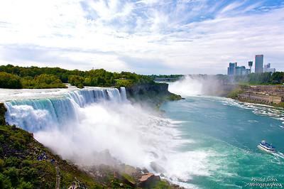 A Breathtaking View Of Niagara Falls