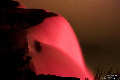A Beautiful Night Illumination of Horseshoe Falls