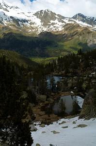 Ibones de Escarpinosa y Valle de Estós.