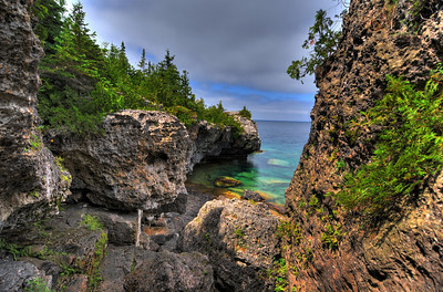 Tobermory, Ontario, Canada, Cyprus lake trail