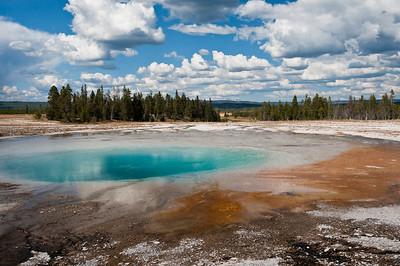 Yellowstone, Midway Geyser Basin