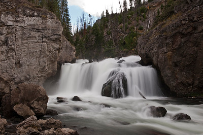 Yellowstone, Waterfalls on Firehole Canyon Road