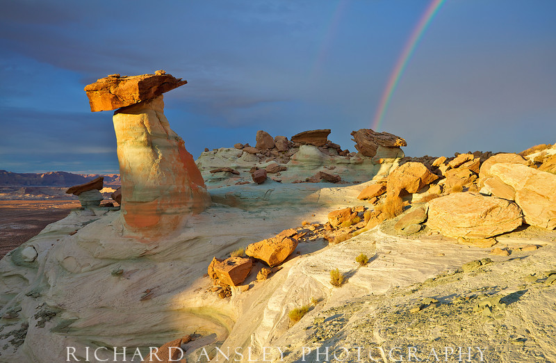 Hoo Doo Rainbow-Glen Canyon, Utah