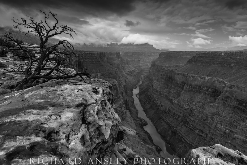 Dark Shadows-Grand Canyon, AZ