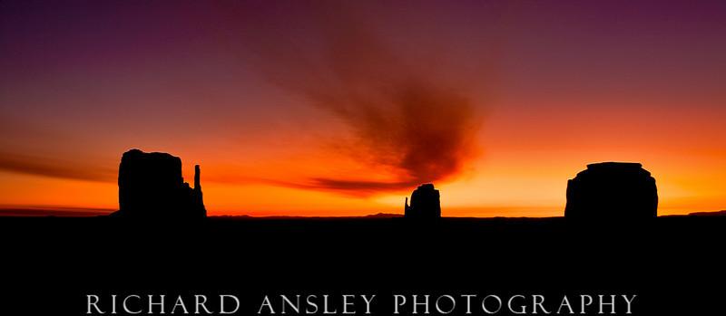 Mittens Sunrise-Monument Valley, AZ