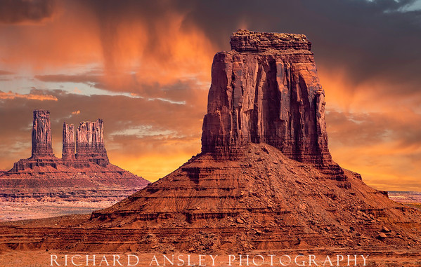 Monumental Sunrise-Navajo Nations, AZ