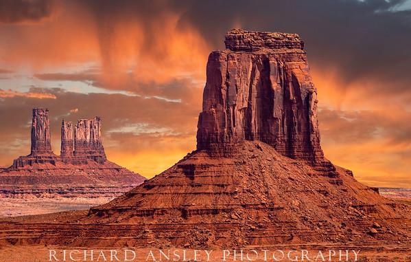 Monumental Sunrise-Navajo Nations, AZ