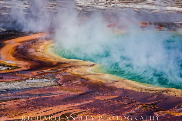 Prismatic Pool-Yellowstone, Wyoming