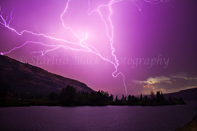 Sunrise Lightning at Bingen Point