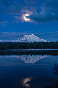 Moonlit-Mount-Adams-7902