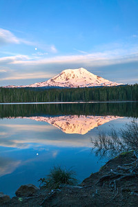 Takhlakh-Lake-moonrise_7652