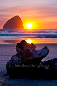 Cape Kiwanda Sunset on the Oregon Coast
